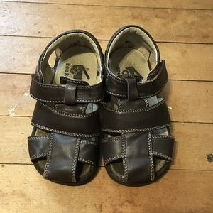 Toddler See Kai Run Sandals. Size 7. Brown.